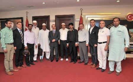 Hindistan heyetinden Vali Coş'a ziyaret