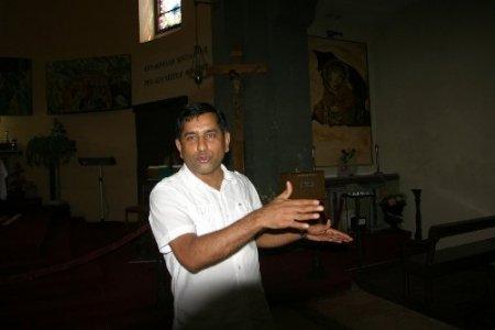 Hint asıllı Başrahip: Tanışanlar Antepli misin diye soruyor