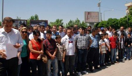 Hırsız ve tinercilere engel olamayan Şırnaklılar eylem düzenledi