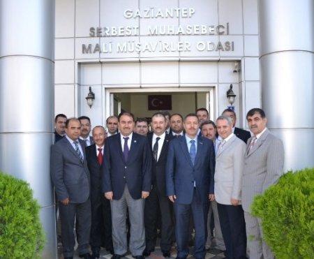 HÜRSİAD üyeleri, Muhasebeciler ve Mali Müşavirler Odası'nı ziyaret etti