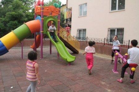 İlkadımlı çocuklar yeni parklarda daha mutlu