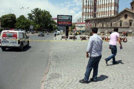 İşçi çantasına bomba ihbarı