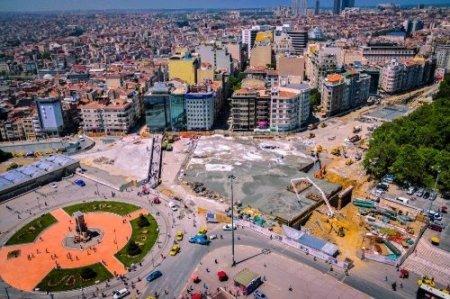 İstanbul Büyükşehir Belediyesi: Taksim'de ağaçlar kesilmiyor