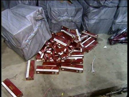 İstanbul'da piyasa değeri 4 milyon TL olan kaçak sigara ele geçirildi