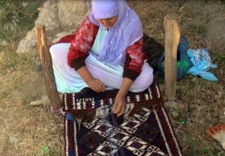 'Jirki' kilimlerinde hayat hikâyeleri dokunuyor