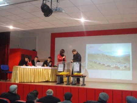 Kağızman'da afet konutları hak sahiplerine teslim ediliyor