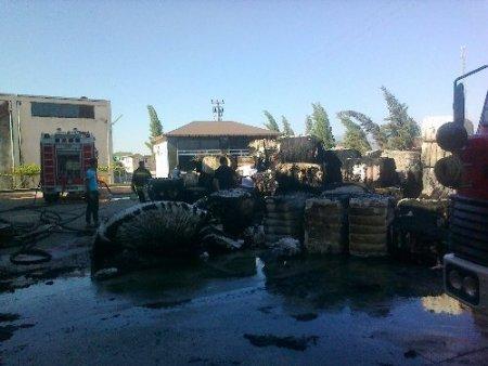 Kahramanmaraş'ta bin ton kapasiteli pamuk deposu yandı