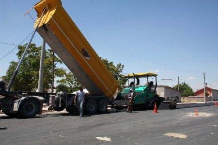 Karatay'da yollar asfaltlanıyor