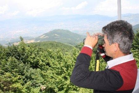 Karı-koca 27 yıldır ormanları gözetliyor (Özel)