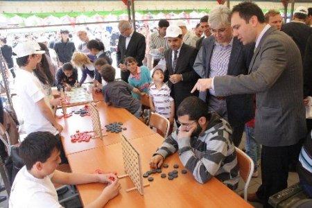Kars'ta geleceğin bilim adamları hünerlerini sergiledi
