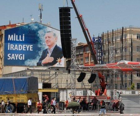 Kayseri meydanı Başbakan için hazırlanıyor