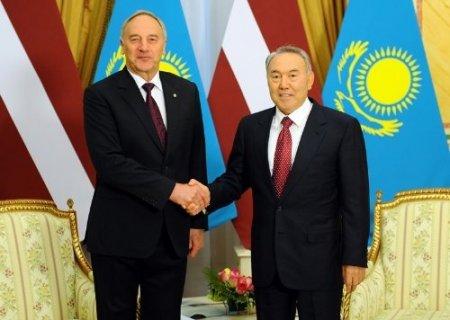 Kazakistan ve Letonya ticaret hacmini artırmayı hedefliyor