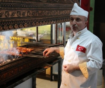 Kazaklara kebabı sevdiren 'Nuh Usta'