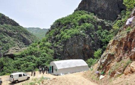 KESK'li kadınlar çözüm çadırını ziyaret etti