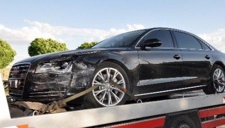 Kılıçdaroğlu'nun makam arabası çekiciyle kaldırıldı