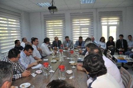 Kırıkkale'de Üniversite ile sanayiler OSB'nin gelişmesi için toplandı