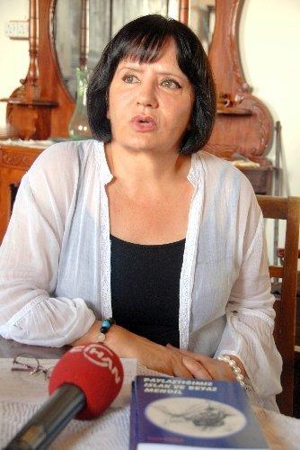 Kitap gelirini Rum vakfına bağışlayan Türk yazardan Barış Süreci'ne destek