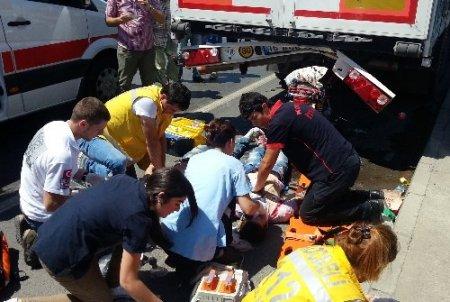 Kocaeli'nde trafik kazası: 1 ölü, 1 yaralı