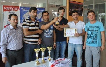 Korkut Ata Akademi'de kupa töreni
