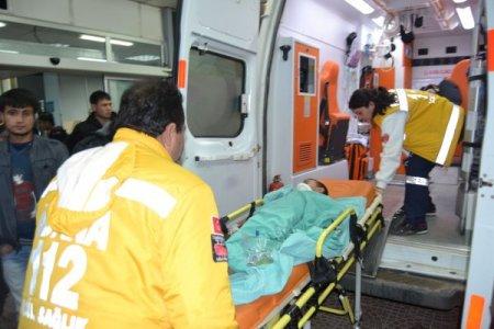 Kozan'da çocuğa çarpan sürücü kaçtı