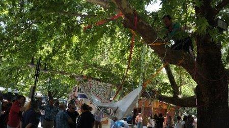 Kuğulu Park eyleminde 'çadır' gerilimi