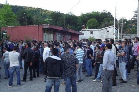 Maden işçileri, eylemi sona erdirdi