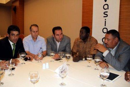Malili iş adamları, yatırım için Vanlı iş adamlarıyla masaya oturdu