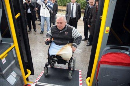 Manisa'da engelliler spor yapmaya özel minibüsle gidecek