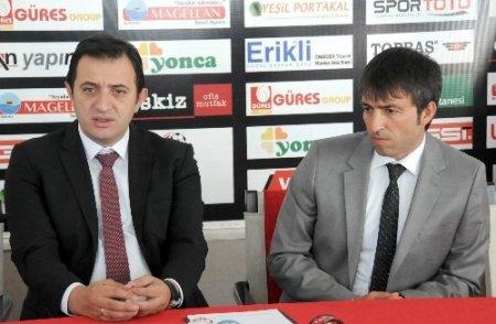 Manisaspor, Teknik Direktör Erginer'le sözleşme imzaladı