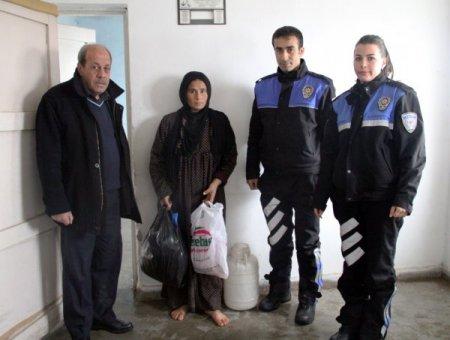 Mardin polisi Suriyeli mültecilere yardım dağıttı
