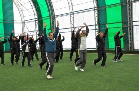Meram Zabıtası güne sporla başlıyor