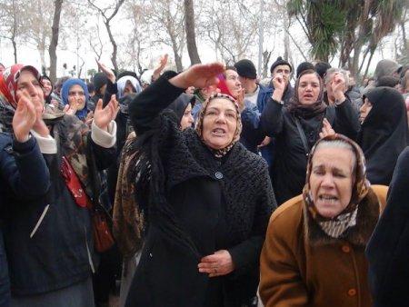 Minibüsçülerin eylemine vatandaşlar da destek verdi
