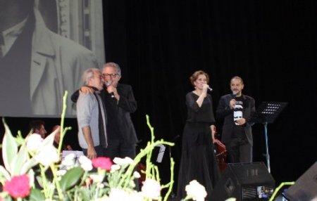 Moskova'da Nazım Hikmet konserinde Gezi Parkı protestosu