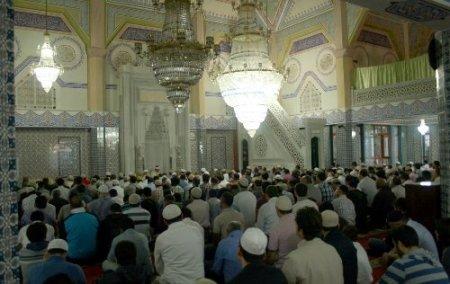 Müftü Veysel Çakı: Camiyi sadece namaz kılınan bir mekan olarak görmeyelim