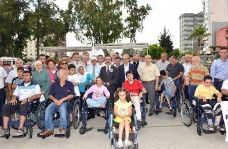 Müftülükten engellilere 150 tekerlekli sandalye
