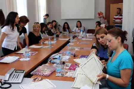 Muğla'da kadınlara insan hakları eğitimi