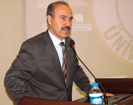Muş'ta 'Kamu-Üniversite Sanayi İşbirliği' toplantısı yapılıyor