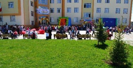 Nizamiye Koleji'nde bahar şenliği