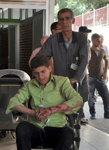 Öğrenci servisi şarampole yuvarlandı: 3'ü ağır 14 yaralı
