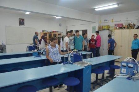 Öğrenciler, LYS öncesi Sinop Üniversitesi'ni gezdi