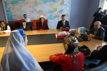 Öğrencilerin Ankara'daki ziyaretleri sürüyor