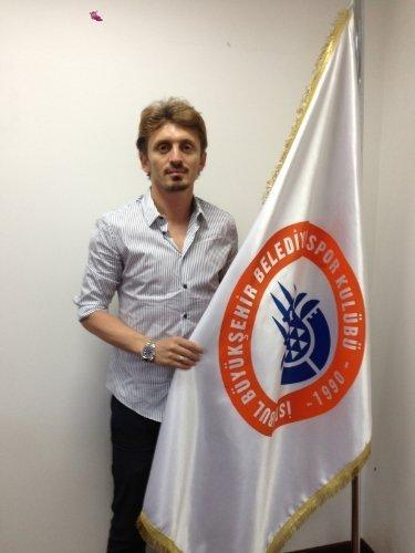 Orhan Ak İstanbul BBSK'ya transfer oldu