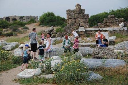 Otellerin doluluk oranının 10 gün içinde yüzde 100'e ulaşması bekleniyor