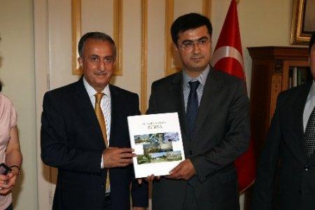 Özbek heyet, turizm işbirliği yapmak için Bursa'ya geldi