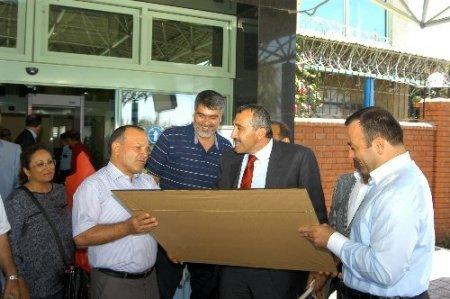 PTT Genel Müdürü Tural'a Adana'da sürpriz karşılama