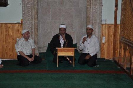 Reyhanlı'daki saldırıda hayatını kaybedenler için mevlid okutuldu