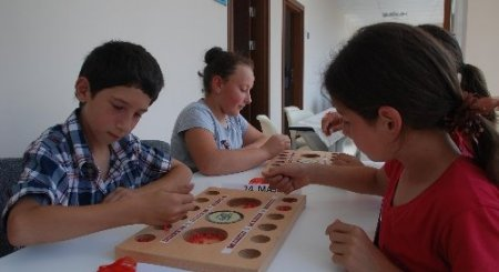 Rizeli öğrenciler 'mangala'ya oynadı