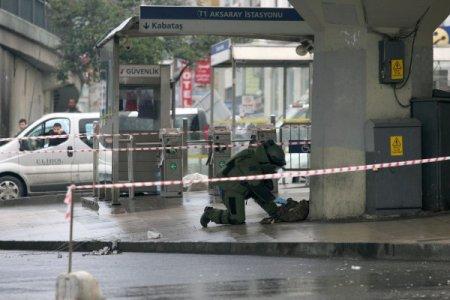 Sahipsiz çanta bomba alarmına neden oldu