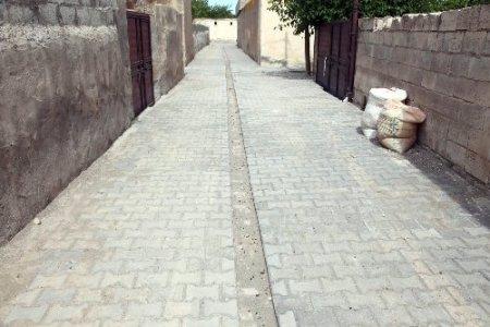 Şanlıurfa'nın köylerine bir bir parke taşı döşeniyor