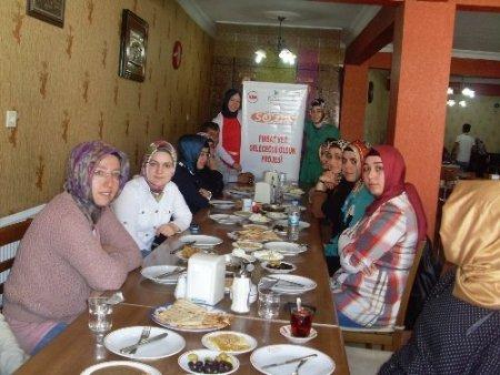 Savur'da görev yapan öğretmenler, Van ve Diyarbakır'ı gezdi